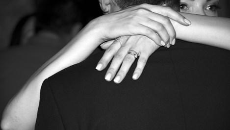 """X.Л. Борхес: """"С времето човек разбира тънката разлика да държи ръка и да окове душа"""""""