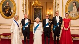 Кейт Мидълтън позира с тиарата на принцеса Даяна