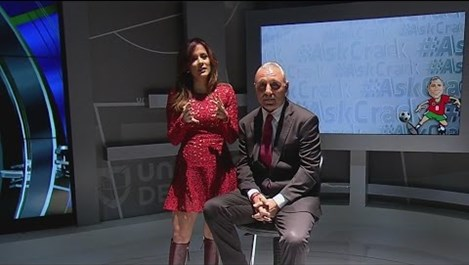 Стоичков облече червена рокля (видео)