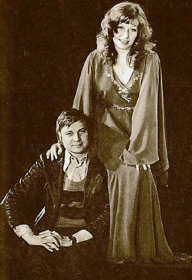 Пугачова с втория си съпруг  - режисьорът Александър Стефанович, с когото имала тежък развод